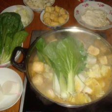 鱼肉蔬菜火锅