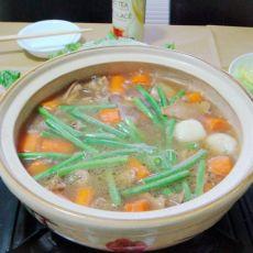 红烧羊腩煲火锅