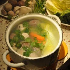 肉丸米汤火锅的做法