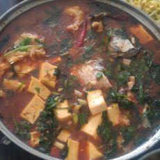 香辣草鱼炖豆腐的做法