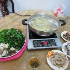 乌脚鸡汤火锅的做法