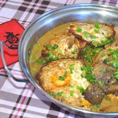 鲫鱼焖煎蛋的做法