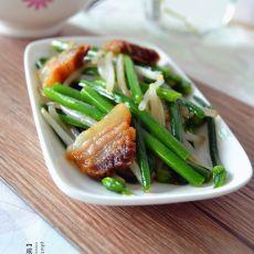 咸肉炒韭菜苔