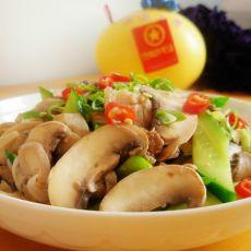 黄瓜肉片炒口蘑的做法