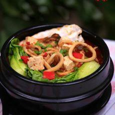 石锅牡蛎鱿鱼豆腐汤的做法