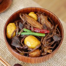 茶树菇栗子鸡
