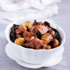 茶树菇栗子焖鸡