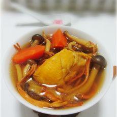 蟹味菇虫草花鸡汤的做法