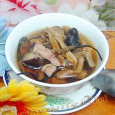 虫草松茸多菌汤