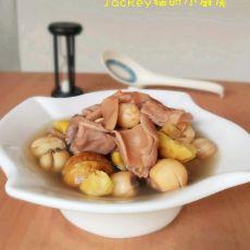 莲子板栗猪肚汤的做法