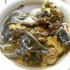 甲鱼炖肉饼