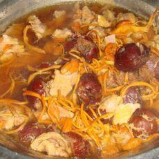虫草花红枣炖肉汤