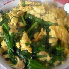 鸡蛋蛤蜊炒韭菜