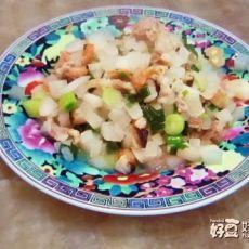 白萝卜炒大蒜的做法