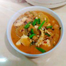 白萝卜煮草鱼