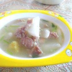 萝卜肉片汤