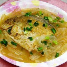 白萝卜丝烧鲳鱼