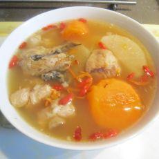 红白萝卜排骨汤