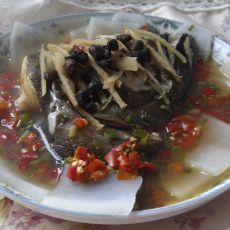 白萝卜蒸鸦片鱼头