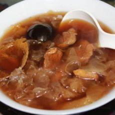 罗汉果银耳瘦肉汤
