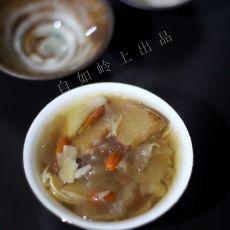 银耳雪梨滋润汤