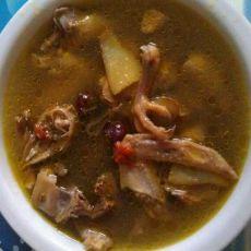 红枣枸杞鸽子汤的做法