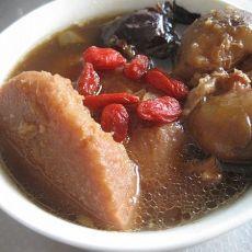 红枣芋头大骨煲