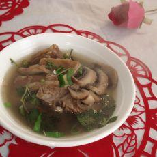 羊肉蘑菇汤