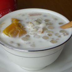 牛奶薏米南瓜羹