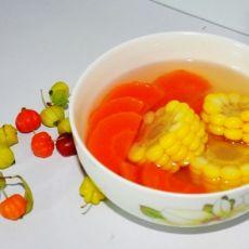 胡萝卜玉米汤的做法