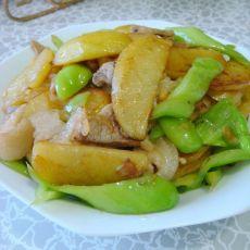 土豆辣炒肉片