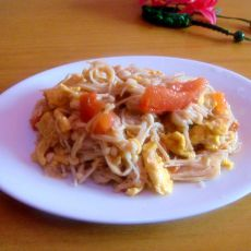 金针菇炒鸡蛋西红柿
