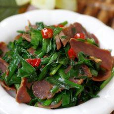 鲜美腊猪舌炒韭菜