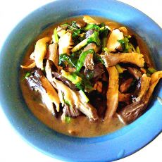 鲜蘑炒韭菜