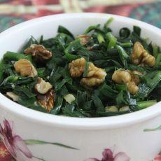 核桃炒韭菜