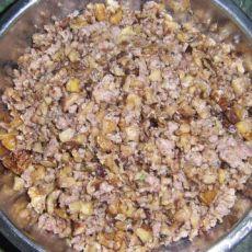 肉末炒香菇核桃