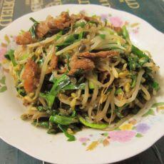 猪肉炒韭菜绿豆芽