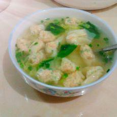 蔬菜汤煮扁肉