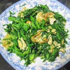 韭菜青椒炒蛋