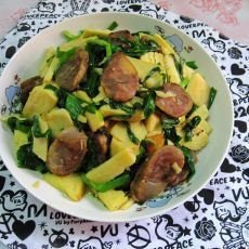 腊肠冬笋炒韭菜
