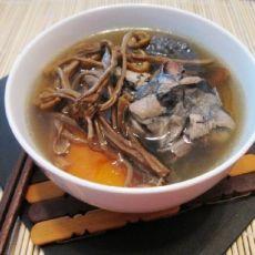 茶树菇乌鸡汤