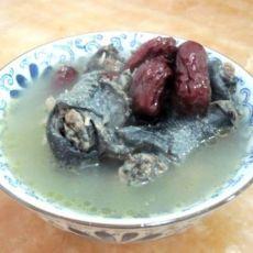 红枣北芪炖乌鸡