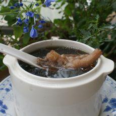 黑豆凤爪汤的做法