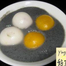 黑芝麻豆浆糊双色汤圆