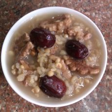 红枣核桃薏米粥