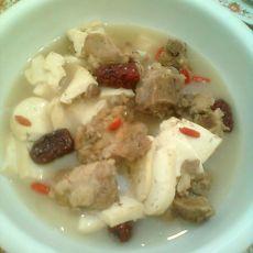 猪骨炖豆腐