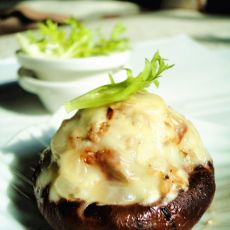 肉末乳酪�h香菇的做法