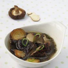 白芷炖香菇―风寒感冒最及时补救措施的做法