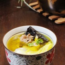 木耳炖土鸡的做法