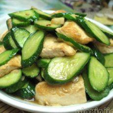 小黄瓜炒豆饼